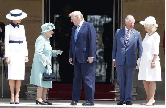 特朗普访英:女王一家作陪凭专业精神,与伦敦市长隔空开火