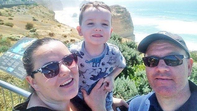 移民家庭因儿子重病遭澳洲驱逐!英国医疗体系对移民就友好?