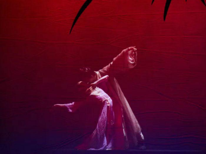 大型诗乐舞《大国芬芳》绽放伦敦