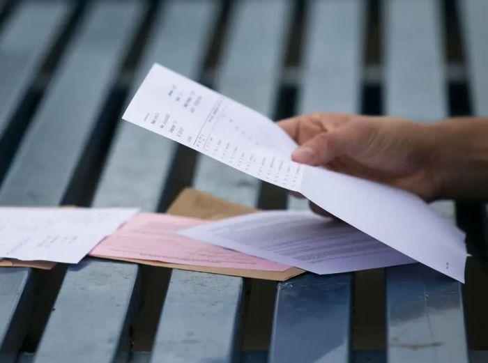英教育大臣:重审以A-levels预估成绩申请大学政策