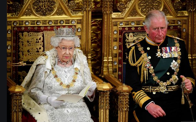"""英女王主持议会开幕大典宣布重大议题!""""脱欧""""大戏本周见分晓?"""