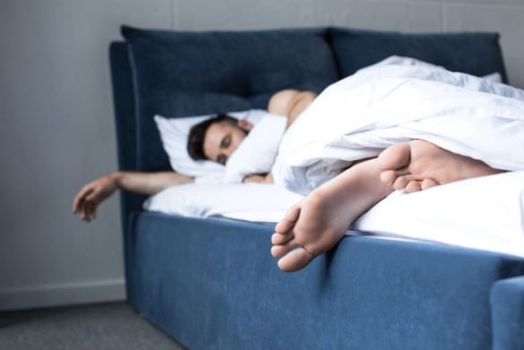 双语:有些人睡眠少身体棒?原来是基因决定的