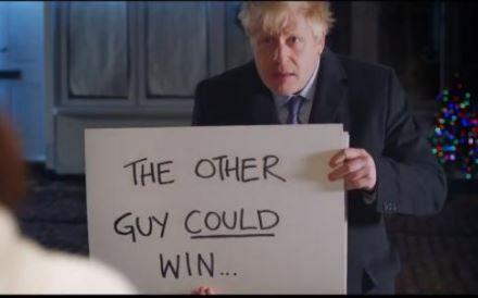 """约翰逊模仿《真爱至上》拉票!英大选最后关头各党""""飙戏"""""""