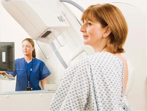 数万名女性免受乳腺癌放疗痛苦!新疗法同样有效