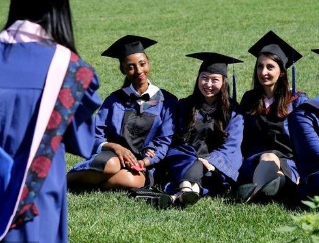 """中国留英学生5年增加3成多 他们说""""想拥有更广阔视野"""""""