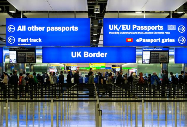 英国移民新政影响分两极!高新人才受益,服务业更艰难?
