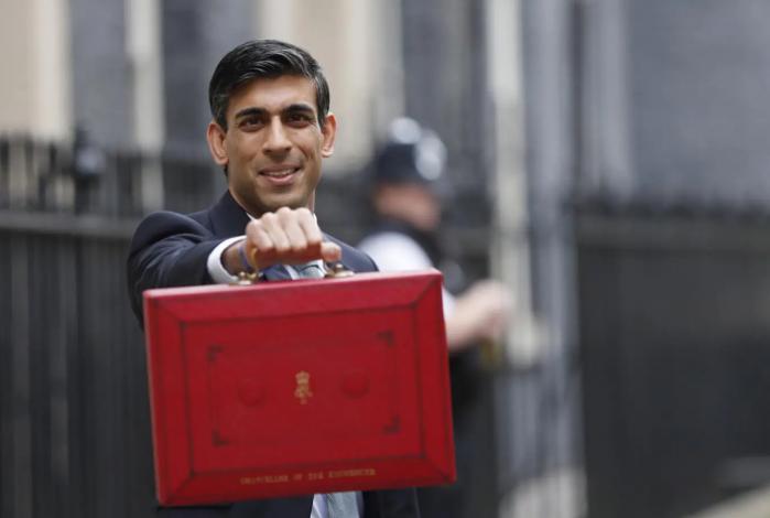迎战疫情,英国财政预算案豪掷300亿镑!财长:力挺NHS花钱