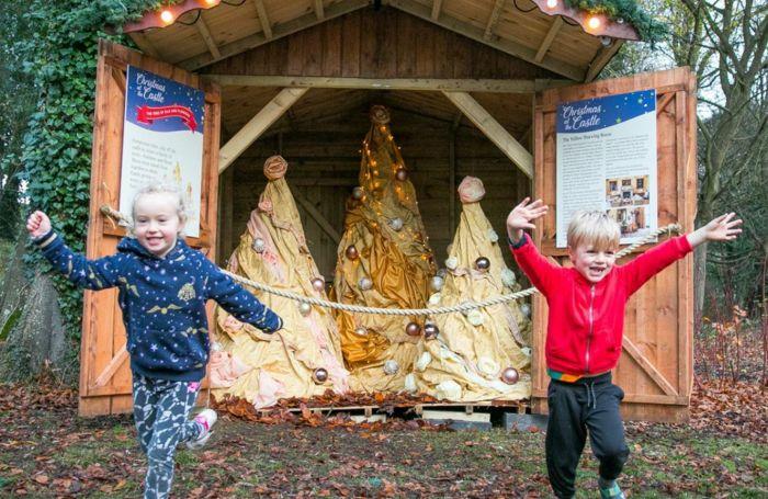 英国今年圣诞只能宅家?这些活动还能安排!户外溜冰,看灯展,乘专列…