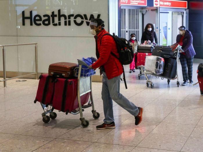 """疫情下的世界 英国新冠感染率下降,已低于欧盟25国!出境旅行或用""""红绿灯""""系统"""