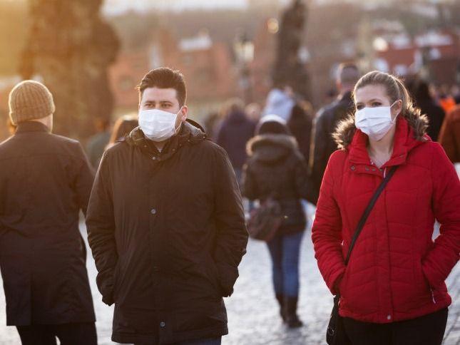 疫情下的世界 英国下周实现群体免疫?白金汉宫花园今夏开放