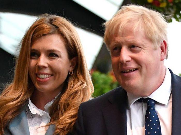 英首相这次麻烦大了?未婚妻花巨款搞装修,资金来源被查