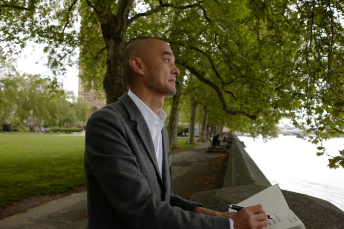 """专访冯唐:""""躺平""""也是一种选择,伦敦像记忆中的北京"""