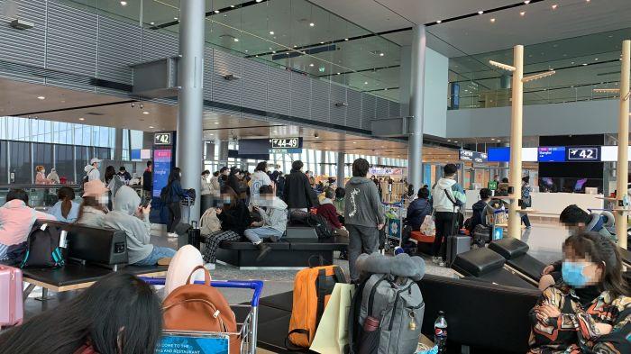 中国留学生转机回国滞留芬兰最新进展!当事人:被迫返英,不放弃维权